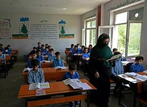 Photo of Afghanistan: middle and high schools reopen … without girls