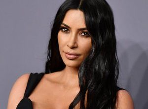 Photo of Kim Kardashian appears at MET Gala 2021 in totally unlikely outfit