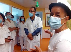 Photo of Ariège: performing in Pamiers, the artist Booder visits the children of the pediatric department of Chiva
