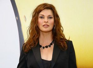 Photo of Linda Evangelista disfigured for life by a cosmetic operation: discover her new face