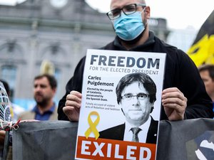 catalonia:-the-arrest-of-puigdemont-shocks-the-independence-activists