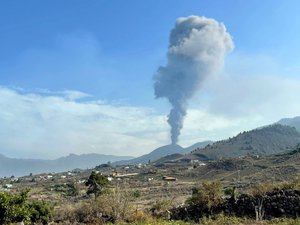 volcano-in-the-canaries:-what-are-the-health-risks-after-contact-of-lava-with-the-sea?