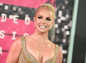 Photo of Britney Spears is finally released from her father's guardianship