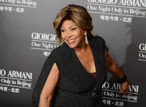Photo of Tina Turner sells musical rights to BMG