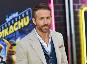Photo of Actor Ryan Reynolds announces he will take a break from his professional career