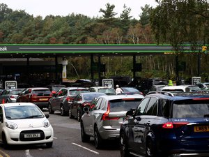 fuel-shortage-in-the-united-kingdom:-the-army-deployed-on-monday